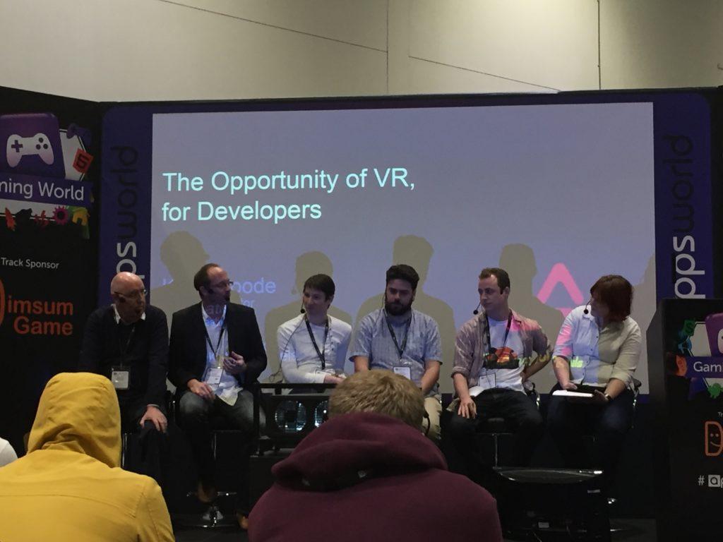 VR-AR-discussion-panel-appsworld2015-sanjay-jadhav-ar-vr-technology-evangelist